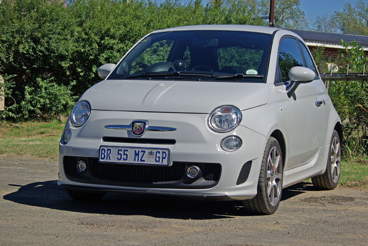 2012 Fiat 500 Abarth front