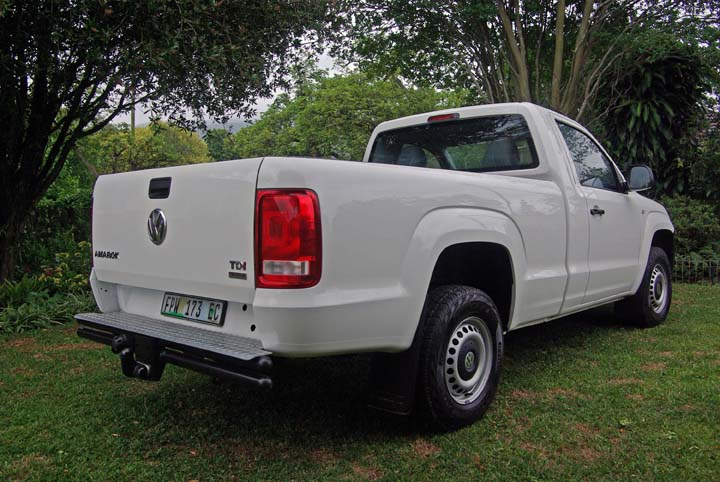 2011 VW Amarok basic rear