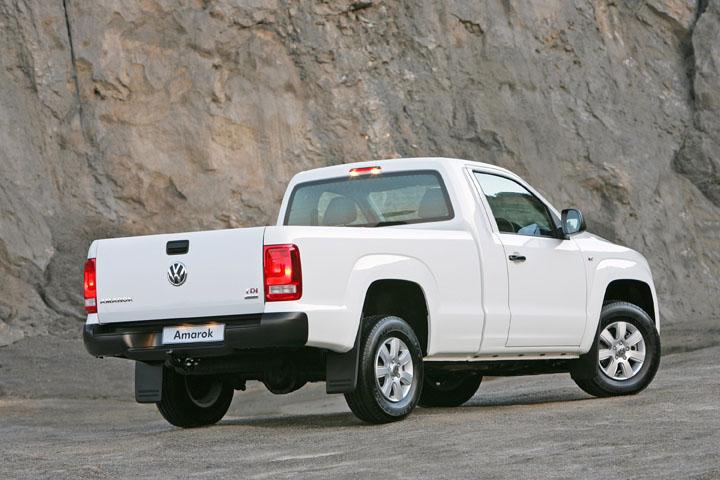 2011 VW Amarok single-cab rear view