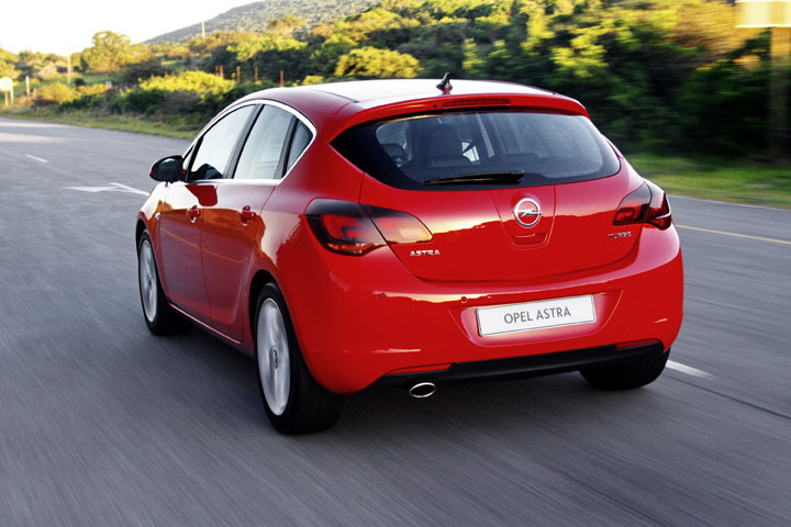 2011 Opel Astra 1.6T Sport rear view