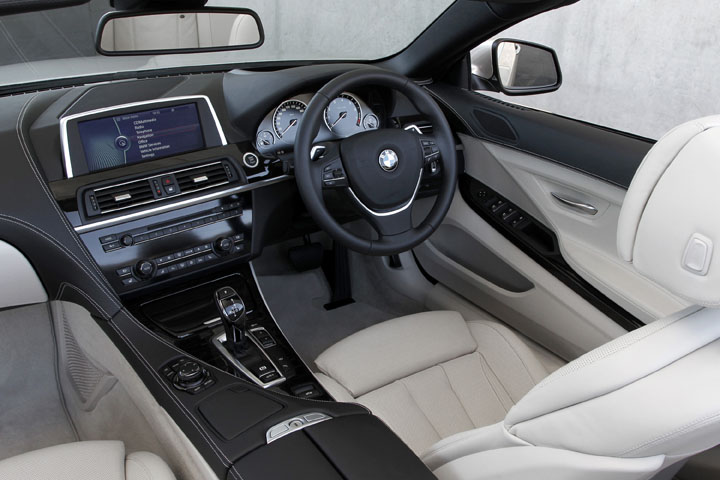 2012 BMW 650i convertible inside