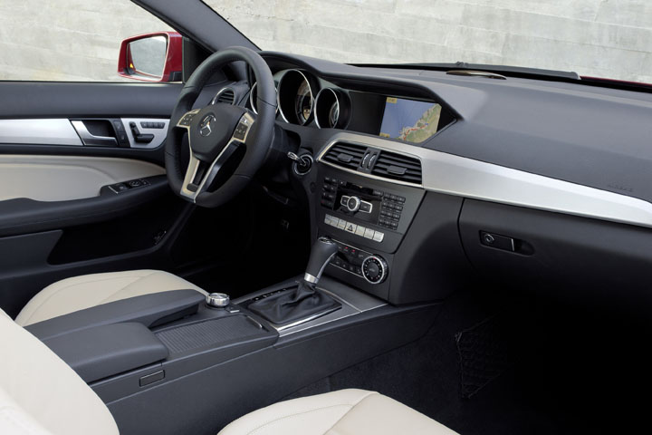 2011 MB C class coupe interior