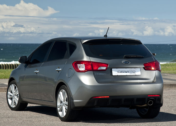 2011 Kia Cerato Hatch rear view