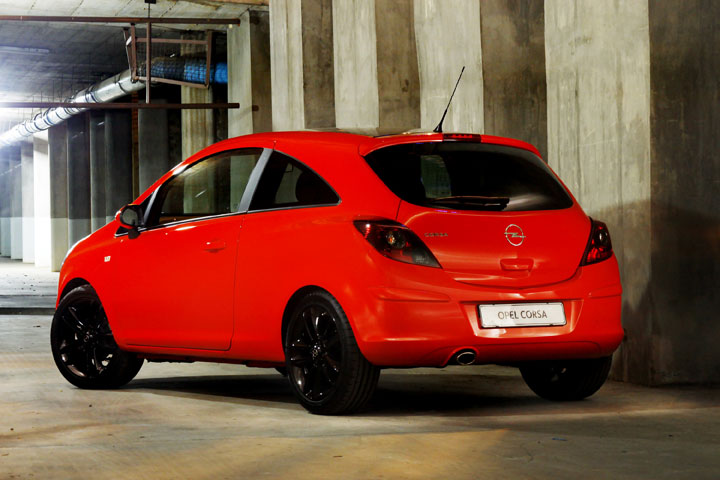 2011 Opel Corsa Colour Edition rear view