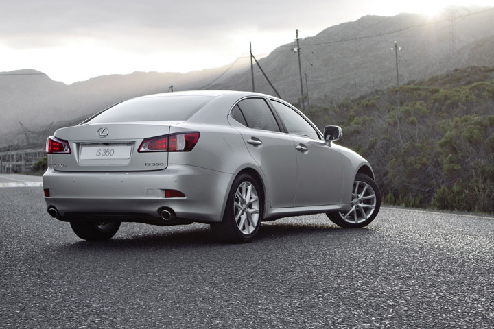 2012 Lexus IS 350 rear