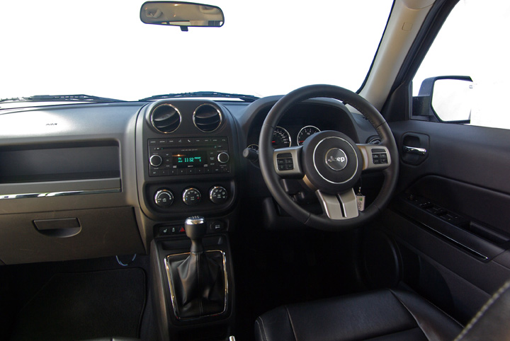 2012 Jeep Patriot interior
