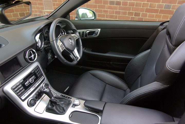 2012 Mercedes Benz SLK 200 interior