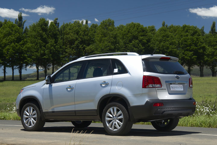 2011 Kia Sorento 3.5 V6 rear view