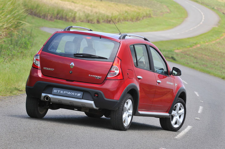 2011 Renault Sandero Stepway rear view
