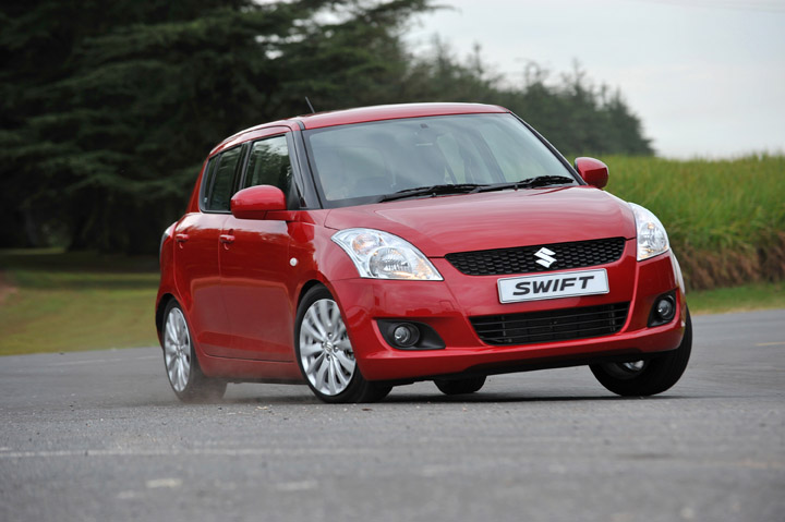 2011 Suzuki Swift 1.4 GLS front view