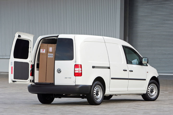 2011 Volkswagen Caddy panel van rear view