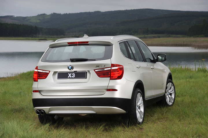 2011 BMW X3 2.0 diesel rear view