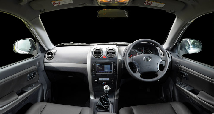 2011 GWM H5 interior view